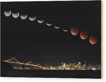 Total Eclipse Of The Moon Wood Print