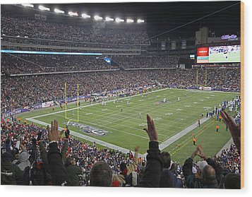 Touchdown Patriots Nation Wood Print by Juergen Roth