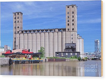 Tour Down Buffalo River Wood Print by Kathleen Struckle