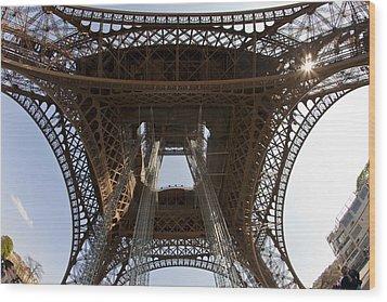 Tour Eiffel 4 Wood Print by Art Ferrier