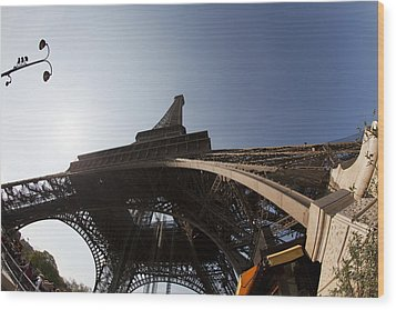 Tour Eiffel 5 Wood Print by Art Ferrier