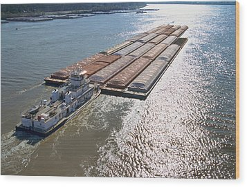Towboats And Barges On The Mississippi Wood Print