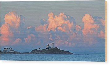 Towering Clouds Over Nubble Lighthouse York Maine Wood Print