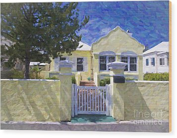 Wood Print featuring the photograph Traditional Bermuda Home by Verena Matthew
