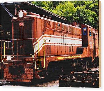 Train Engine Nc Sl  Wood Print by Mark Moore