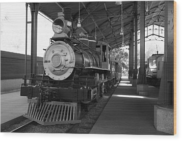 Wood Print featuring the photograph Train by Gandz Photography