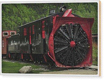 Train Passing Wood Print by Davina Washington