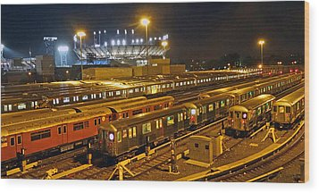 Trains Nyc Wood Print