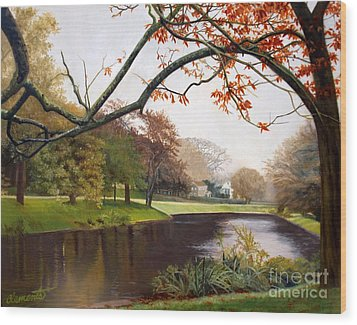 Tranquil Town Pond In East Hampton Wood Print