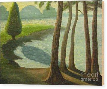 Tree Gossip At Galt's Ferry Wood Print by Gretchen Allen