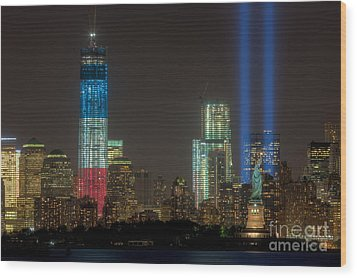 Tribute In Light Xiii Wood Print