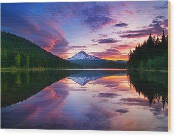 Trillium Lake Sunrise Wood Print
