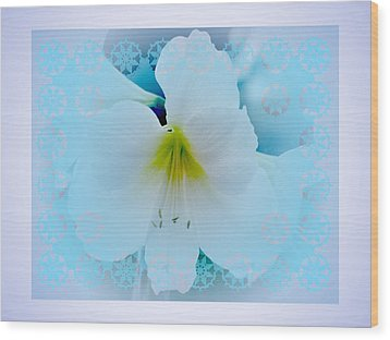 White Lily Wood Print by Larry Capra