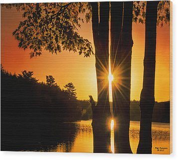 Triple Sunburst Morning Wood Print