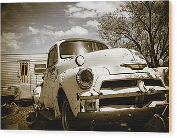 Wood Print featuring the photograph Truck And Trailer by Steven Bateson