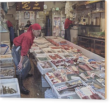 Wood Print featuring the photograph Tsukiji Fish Market Tokyo by Colleen Williams