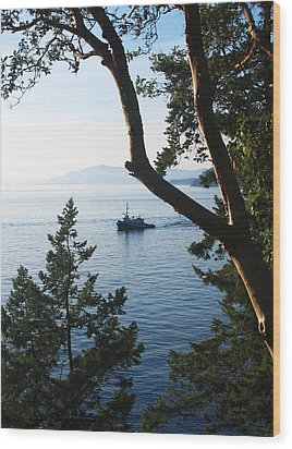 Tugboat Passes Wood Print