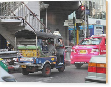 Tuk Tuk - City Life - Bangkok Thailand - 01131 Wood Print by DC Photographer