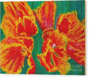 Tulip Days Wood Print by Tracey Peer