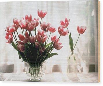 Tulip Wood Print by Jeanette Korab