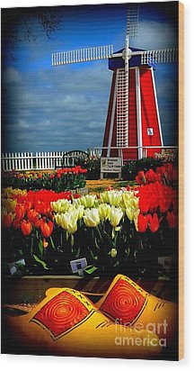 Tulips And Windmill Wood Print by Susan Garren