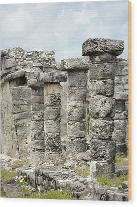 Wood Print featuring the photograph Tulum by Silvia Bruno