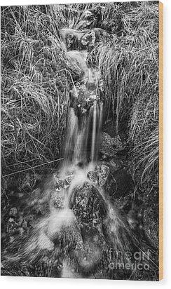Tumbling Water Wood Print by John Farnan