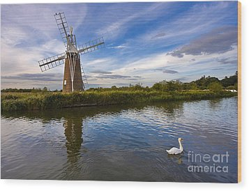Turf Fen Drainage Mill Wood Print by Louise Heusinkveld