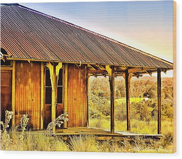 Turn Back Time Wood Print by Wallaroo Images