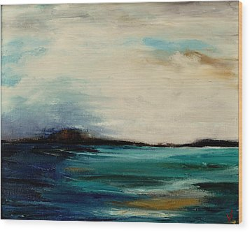 Turquoise Sea Wood Print by Lindsay Frost