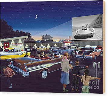 Twenty Minutes To Show Time Wood Print by Michael Swanson