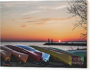 Twilight Kayaks Wood Print by Barbara McMahon