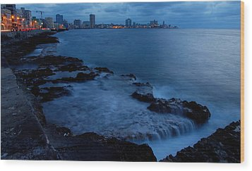 Twilight On The Malecon Wood Print