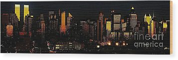 Wood Print featuring the photograph Twilight Reflections On New York City by Lilliana Mendez