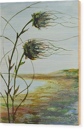 Two Flowers By The Bay Wood Print