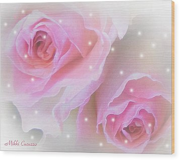 Two Roses Wood Print by Mikki Cucuzzo