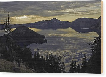 Two Skys At Sunrise Wood Print by Gary Neiss