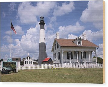 Wood Print featuring the photograph Tybee Island Light by Gordon Elwell
