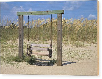Tybee Island Swing Wood Print