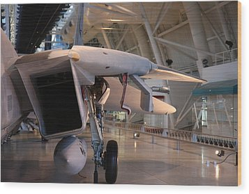 Udvar-hazy Center - Smithsonian National Air And Space Museum Annex - 121239 Wood Print by DC Photographer
