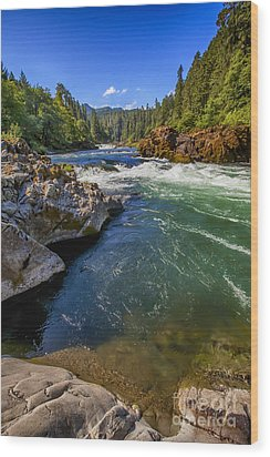 Wood Print featuring the photograph Umpqua River by David Millenheft