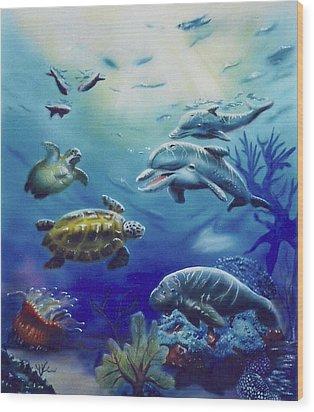 Under Water Antics Wood Print by Thomas J Herring