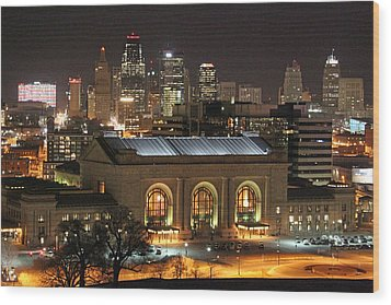 Union Station At Night Wood Print by Lynn Sprowl