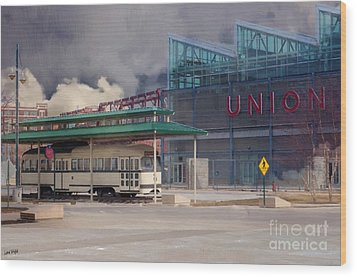 Union Station - Backside - Oil Painting Wood Print by Liane Wright