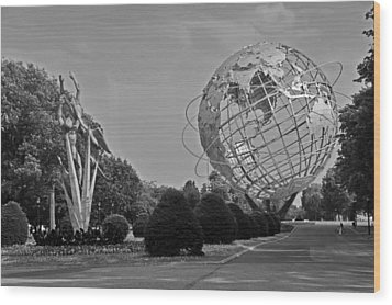 Unisphere In Corona Park Wood Print by Mike Martin