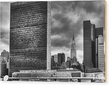 United Nations And Chrysler Building Wood Print by Dave Beckerman