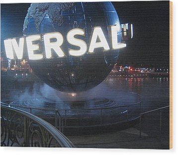 Universal Orlando Resort - 12122 Wood Print