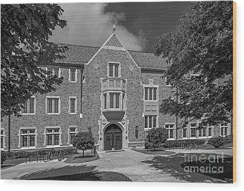 University Of Notre Dame Coleman- Morse Center Wood Print by University Icons