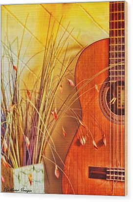 Unplayed Melody Wood Print by Wallaroo Images