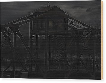 Urban Metal Wood Print by Thomas Young